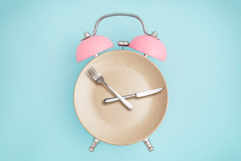 Alarm clock formed with cooking tools and utensils